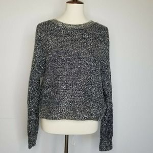 Forever 21 Silver Chunky Knit Cropped Sweater M